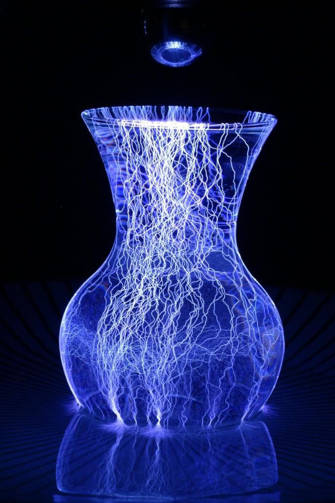 vase at 240kV